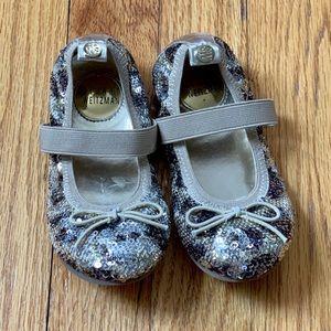 Girls Stuart Weizmann Shoes, size 8t
